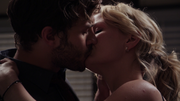 1x07 Graham Emma kiss