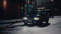 1x13 Kathryn car