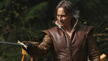 Rumpelstiltskin-robert-carlyle-once-upon-a-time-season-4b
