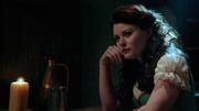 2x11 Belle in tavern