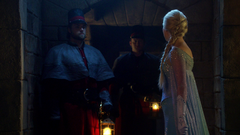 4x08 Elsa with guards