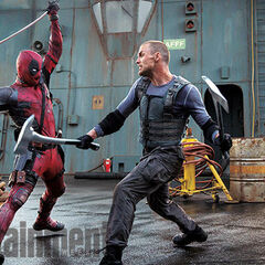 Deadpool face à Ed Skrein