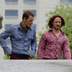 Magneto et le Pr. X sur le plateau