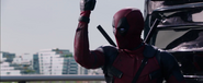 Deadpool-movie-screencaps-reynolds-54