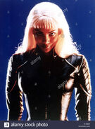 X-men-year-2000-director-bryan-singer-halle-berry-based-on-the-comic-A1492W