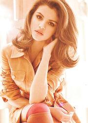 Selena-gomez-elle-magazine