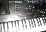 151959574-roland-e-500-version-orientale