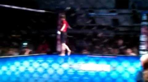 MMA Ronda Rousey's first MMA fight vs. Hayden Munoz