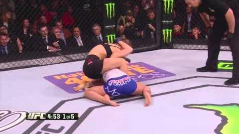 Ronda Rousey vs Cat Zingano (14 sec) 28 02 2015 HD