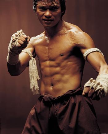 Ong Bak movie image Tony Jaa (2)
