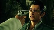 Hamura threatens Higashi