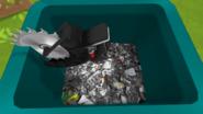 Scie circulaire poubelle
