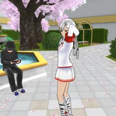 Shiromi patrolling the Plaza.