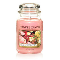 Yankee-candle-fresh-cut-roses