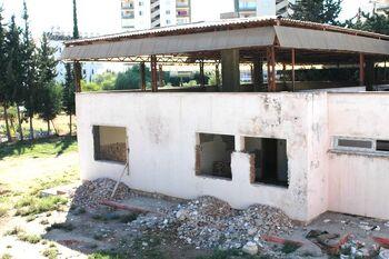 Nüfus müdürlüğü dış inşaat görüntüsü duvarlar yıkılmış