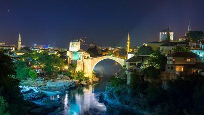Mostar köprü camiler