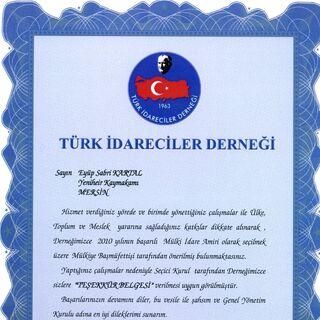 thumb|Türk İdareciler Derneği teşekkür belgesi]]