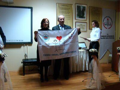 Beyaz bayrak2 -1600x1200-