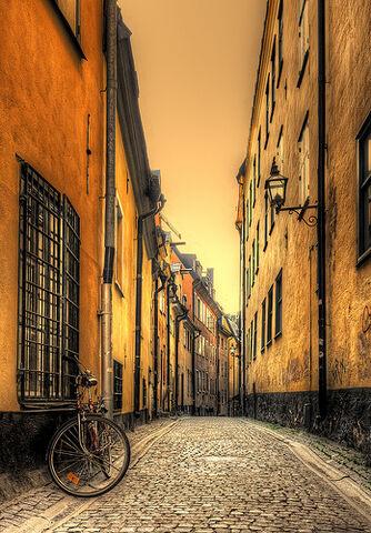 File:Stockholm Street.jpg