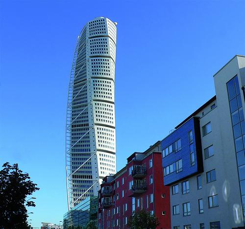 File:Malmö - Turning Torso.jpg