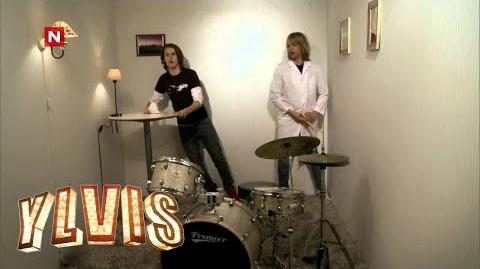 Ylvis - Dagens spørsmål 3 (English subtitles)