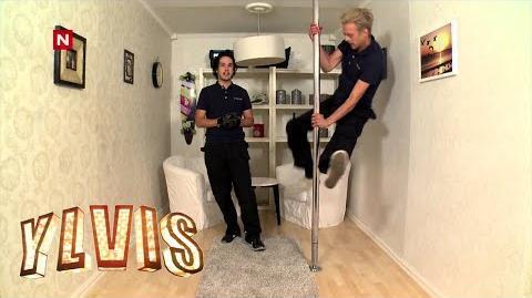 Ylvis - Det kan du vel- Skifte lyspære og pole dance -English subtitles-