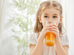 Think-giving-your-kids-juice-is-better-than-soda-Think-again