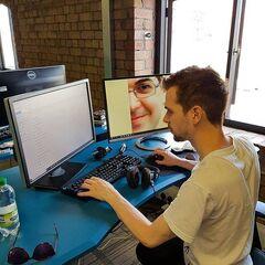 Lewis at his new PC setup at YogStudios 2017.