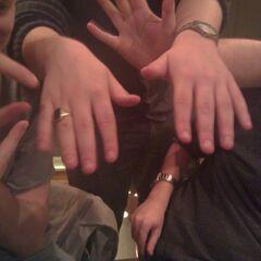 Zylus' famous hands.