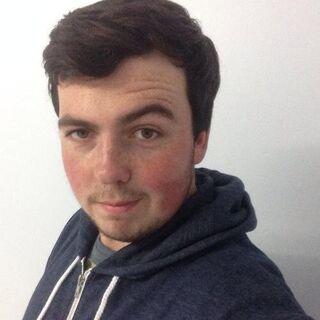 Ravs' former Twitter avatar.