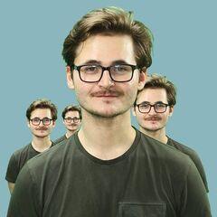 Tom's current Twitter avatar.