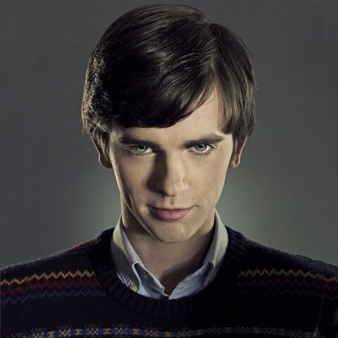 File:968full-freddie-highmore-1-.jpg