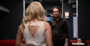 Josh shows Gabi his Phone