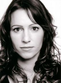 Jo-Anne Knowles (cast)