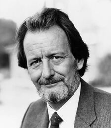 Ronald Pickup (cast)