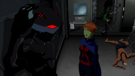 File:Miss Martian lets Cheshire escape.png