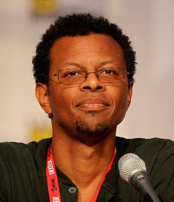 File:Phil LaMarr.jpg