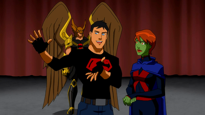 File:Miss Martian and Superboy try to convince the court.png