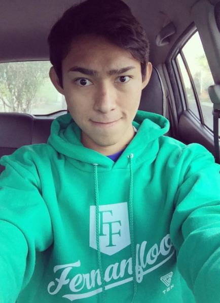 The 25-year old son of father (?) and mother(?) Luis Fernando Flores in 2018 photo. Luis Fernando Flores earned a  million dollar salary - leaving the net worth at 7 million in 2018