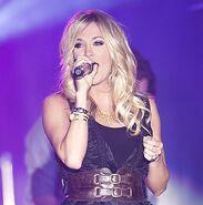Carrie Underwood8