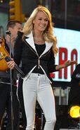 Carrie Underwood14
