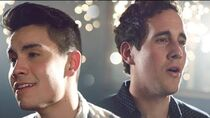 Thinking Out Loud I'm Not The Only One MASHUP (Sam Tsui & Casey Breves) Sam Tsui