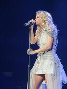 Carrie Underwood12