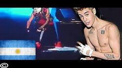 Justin Bieber barre el suelo con una bandera Argentina Alan Cabre