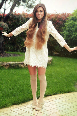White-collared-storets-dress-beige-over-the-knee-asos-socks 400