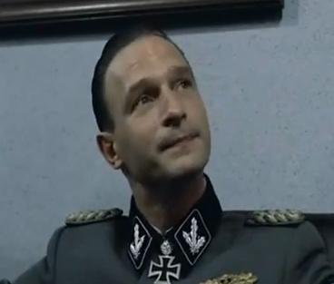Datei:Fegelein Portrait.png