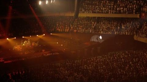 "「シャンデリア・ワルツ」from UNISON SQUARE GARDEN LIVE SPECIAL ""fun time 724"" at Nippon Budokan 2015.7.24"