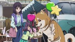 Jonouchi handing out balloons