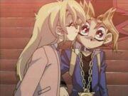 DMx147 Kiss