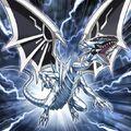 Foto malicioso dragón blanco de ojos azules